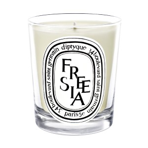 candle_freesia_190g
